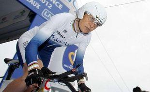 La championne cycliste française Jeannie Longo, lors du contre la montre des championnats de France le 21 juin 2012.