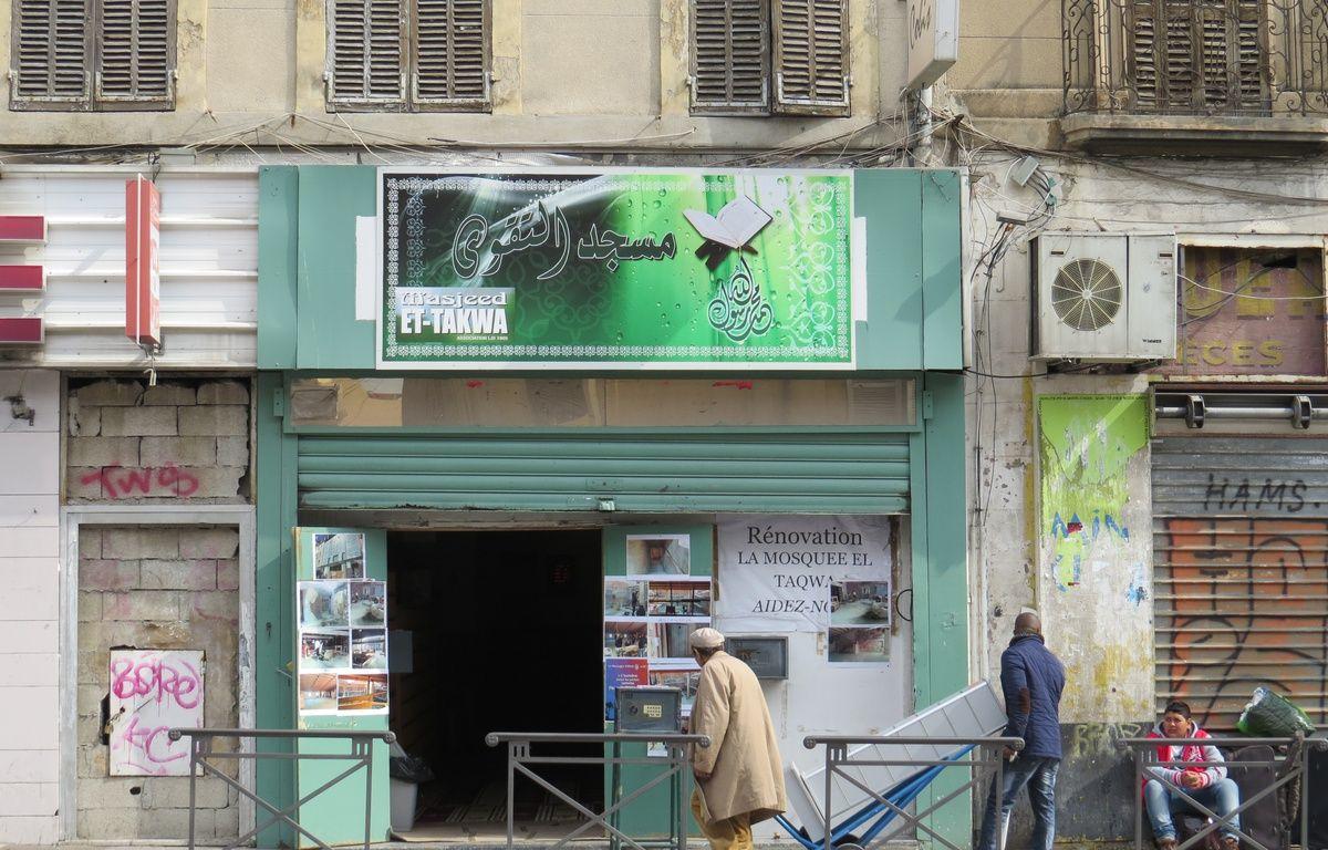 Les fidèles de la porte d'Aix vont prier dans à la mosquée El Taqwa – Mickaël Penverne / 20 Minutes