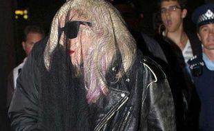 Lady Gaga, à son arrivée dans l'aéroport d'Auckland (Nouvelle Zélande), le 11 Mars 2010