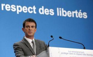 Le Premier ministre Manuel Valls à une conférence de presse à l'Elysée le 19 mars 2015 présentant le projet de loi du gouvernement sur le renseignement