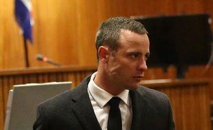 Le champion paralympique Oscar Pistorius lors de son procès pour meurtre, le 20 mai 2014 à Pretoria.