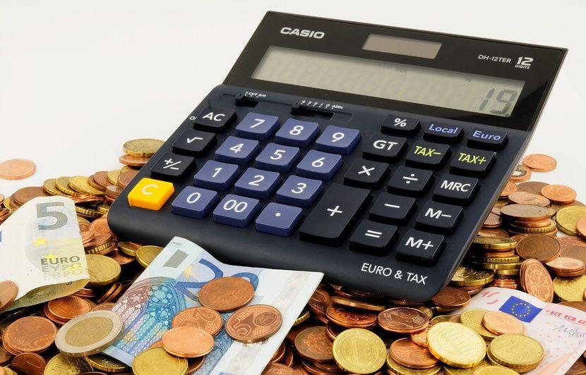 Non, un travailleur payé au Smic ne touchera pas moins de 500 euros de retraite avec la réforme
