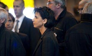 """L'ex-ministre UMP Rachida Dati a rejeté mercredi l'hypothèse d'un """"ticket d'union"""" Fillon-Copé à la tête du parti, un scénario avancé par certains dans le camp de l'ex-Premier ministre, en jugeant que """"la politique à l'ancienne, c'est terminé!"""""""