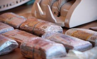 Des billets de banque liés au trafic de drogue (image d'illustration).