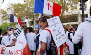 Plus de 120.000 personnes sont à nouveau descendues dans les rues dans de nombreuses villes de France dont 17.000 à Paris