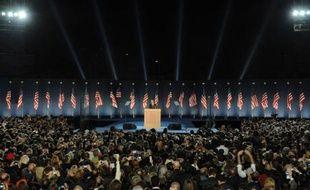 Le nouveau président américain Barack Obama fait son discours devant une foule de supporters à Chicago, Illinois, le 4 novembre 2008.  Pour retrouver toutes les images de la victoire du candidat démocrate, cliquez ici.