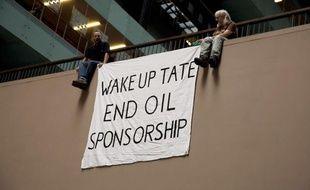 Une manifestation contre le mécénat de BP à la Tate Modern, à Londres, en juillet 2011.