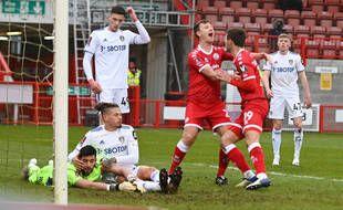 Crowley, club de quatrième division, a explosé le Leeds de Bielsa