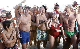 Le 21 décembre 2014, Christian Estrosi avait déjà participé au bain de Noël de Nice (Archives)