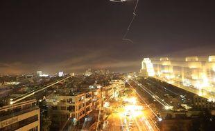 Le ciel de Damas, en Syrie, dans la nuit du 13 au 14 avril 2018.