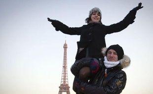 Véritables leaders de l'équipe de France, les doubles champions d'Europe en titre en danse, Nathalie Péchalat et Fabian Bourzat sont venus chercher la consécration devant leur public, lors des Mondiaux-2012, dès mercredi à Nice, avec dans leur sillage Florent Amodio et Brian Joubert