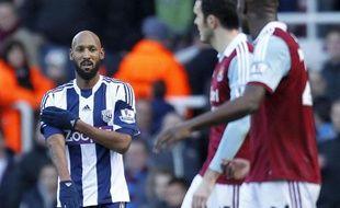 """Le footballeur français Nicolas Anelka a été mis en accusation mardi par la Fédération anglaise (FA) pour une """"quenelle"""", considérée par certains comme un geste antisémite, et encourt désormais une lourde suspension."""