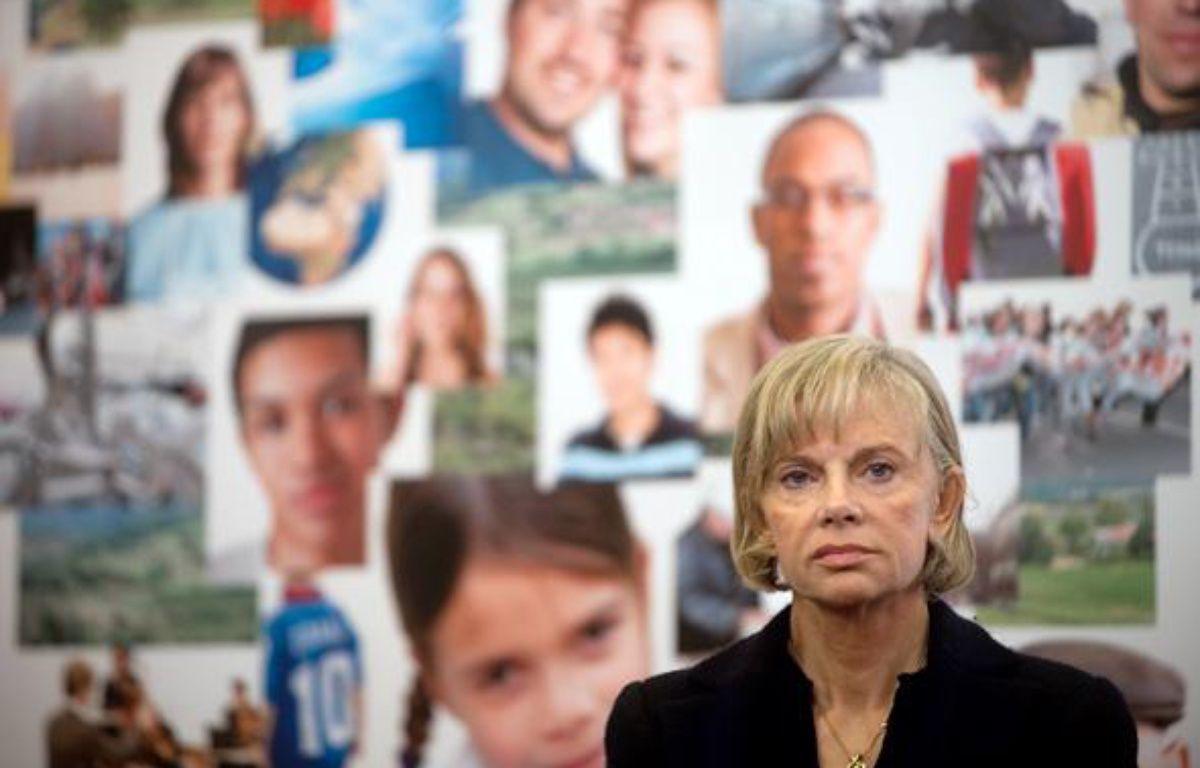 La députée de Seine-Saint-Denis et secrétaire nationale chargée des Collectivités au Parti Socialiste (PS), Elisabeth Guigou, le 16 novembre 2009 à Paris. – AFP PHOTO / MARTIN BUREAU