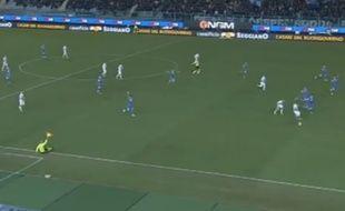 L'arbitre de touche du match Empoli-Inter Milan, le 17 janvier 2015.