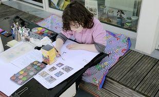 Un enfant à son domicile durant la période de confinement. Crédit:Stephane ALLAMAN/SIPA