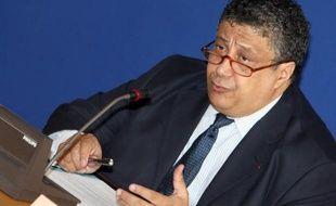 Le Commissaire à la diversité et à l'égalité des chances, Yazid Sabeg, a démissionné de ce poste que lui avait confié l'ancien président Nicolas Sarkozy en décembre 2008.