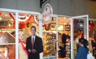 Political Americana, une petite boutique située à deux pas de la Maison Blanche, où l'on peut trouver tous les souvenirs liés à l'investiture de Barack Obama.