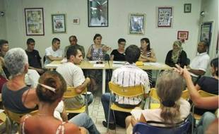 RESF a donné une conférence de presse, hier, à la Maison des droits de l'homme.