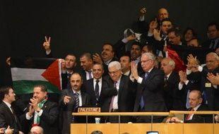 """Israël s'est montré aussi très critique envers ce nouveau statut accordé aux Palestiniens. Le Premier ministre Benjamin Netanyahu a dénoncé le discours prononcé avant le vote par le président Mahmoud Abbas, le qualifiant de """"diffamatoire et venimeux, rempli de propagande fallacieuse contre l'armée israélienne et les citoyens d'Israël""""."""