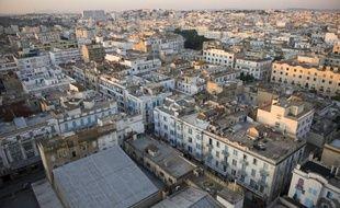 L'engagement de la Tunisie sur la voie de la démocratie doit, selon le gouverneur de la Banque centrale tunisienne (BCT), de nouveau attirer les investissements qui, seuls, permettront au pays une réelle reprise de la croissance économique mise à mal par la révolution.
