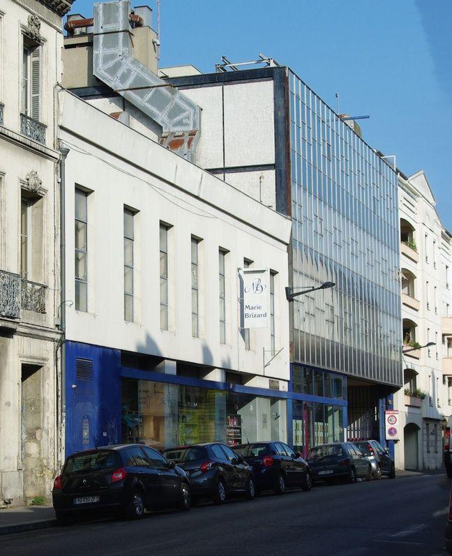 L'actuelle façade de l'usine Marie-Brizard va être détruite pour mettre en valeur une halle datant du 19e siècle.