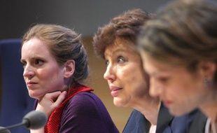 Un trio féminin côté gouvernement pour le «Grenelle des ondes»: Nathalie Kosciusko-Morizet, Roselyne Bachelot et Chantal Jouanno