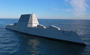 L'USS Zumwalt, le tout nouveau destroyer furtif de l'US Navy.