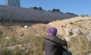 A la Busserine, cité des quartiers nords de Marseille, les habitants dénoncent un chantier interminable et dangereux pour les enfants
