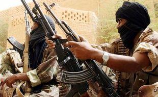 L'armée malienne a repris dans la nuit de jeudi à vendredi le contrôle des trois villes du nord-est du Mali attaquées mardi et mercredi par des rebelles touareg, a appris l'AFP de sources concordantes.