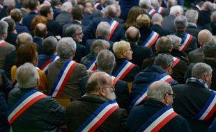 Des maires à Grand Bourgtheroulde dans l'Eure le 15 janvier 2019.