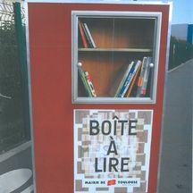La mairie de Toulouse est en train d'installer sept boîtes à lire dans les quartiers toulousains.