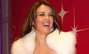 Elizabeth Hurley à un gala de charité en Allemagne, le 4 décembre 2010