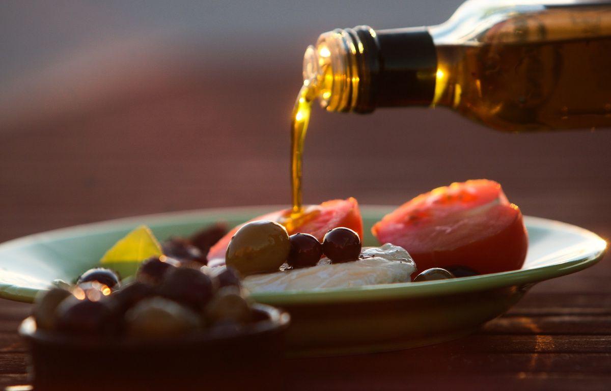 L'huile d'olive bio proposée aux habitants provient d'une coopérative en Espagne – patrice magnien