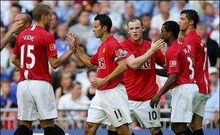 Manchester United a battu Chelsea aux tirs au but (1-1, 3-0 t.a.b.) lors du Community Shield opposant le Champion d'Angleterre en titre au vainqueur de la Coupe, dimanche au stade de Wembley.