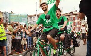 Sur leurs vélos trois ou quatre places, les cyclistes d'Alternatiba repartent ce samedi pour un tour de France de 5.800 km.