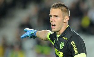 Le jeune gardien de but du FC Nantes Maxime Dupé. AFP PHOTO / JEAN-SEBASTIEN EVRARD