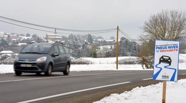 m t o 2 cm de neige attendue lundi 18 d partements du nord de la france en vigilance orange. Black Bedroom Furniture Sets. Home Design Ideas