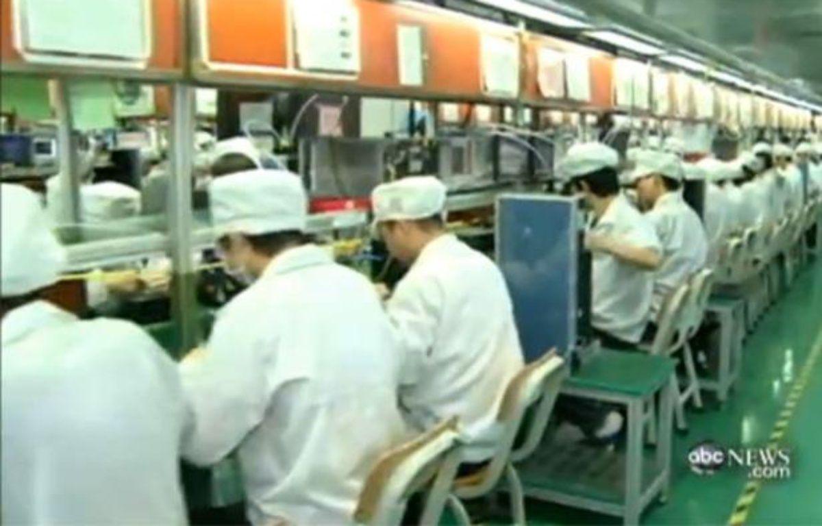 Capture d'écran du reportage de la chaîne de télévision américaine ABC, dans les coulisses des usines chinoises de Foxconn, sous-traitant d'Apple. – CAPTURE D'ECRAN/20MINUTES.FR