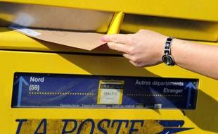 Des lettres non distribuées ont été découvertes dans un fossé du Sud-Gironde.
