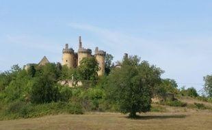 Le château de Paluel a été édifié au 14 e siècle.