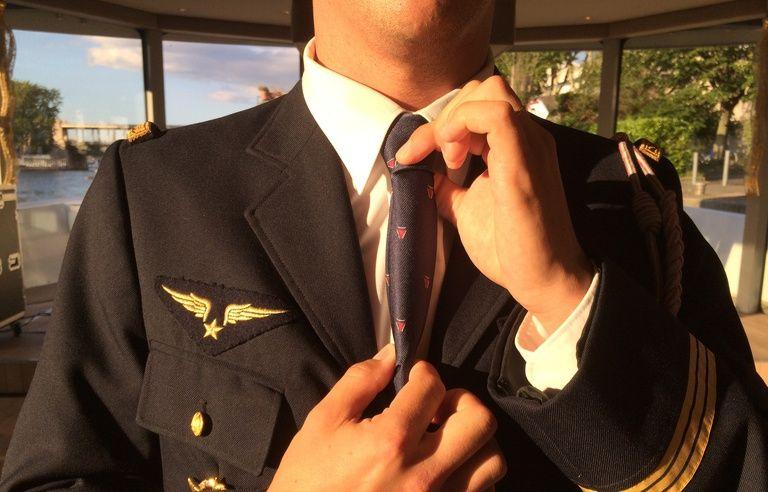 Aéronautique: On a dîné avec le club des «éjectés», ces pilotes de chasse qui doivent leur vie à leur siège…
