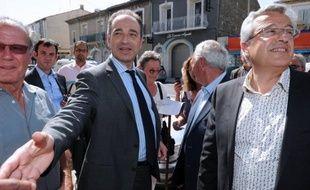 """Le patron de l'UMP, Jean-François Copé, a réitéré vendredi son appel à la mobilisation de son parti avant les législatives, soulignant que le """"moment viendra"""", à l'automne, pour désigner le responsable de la formation."""