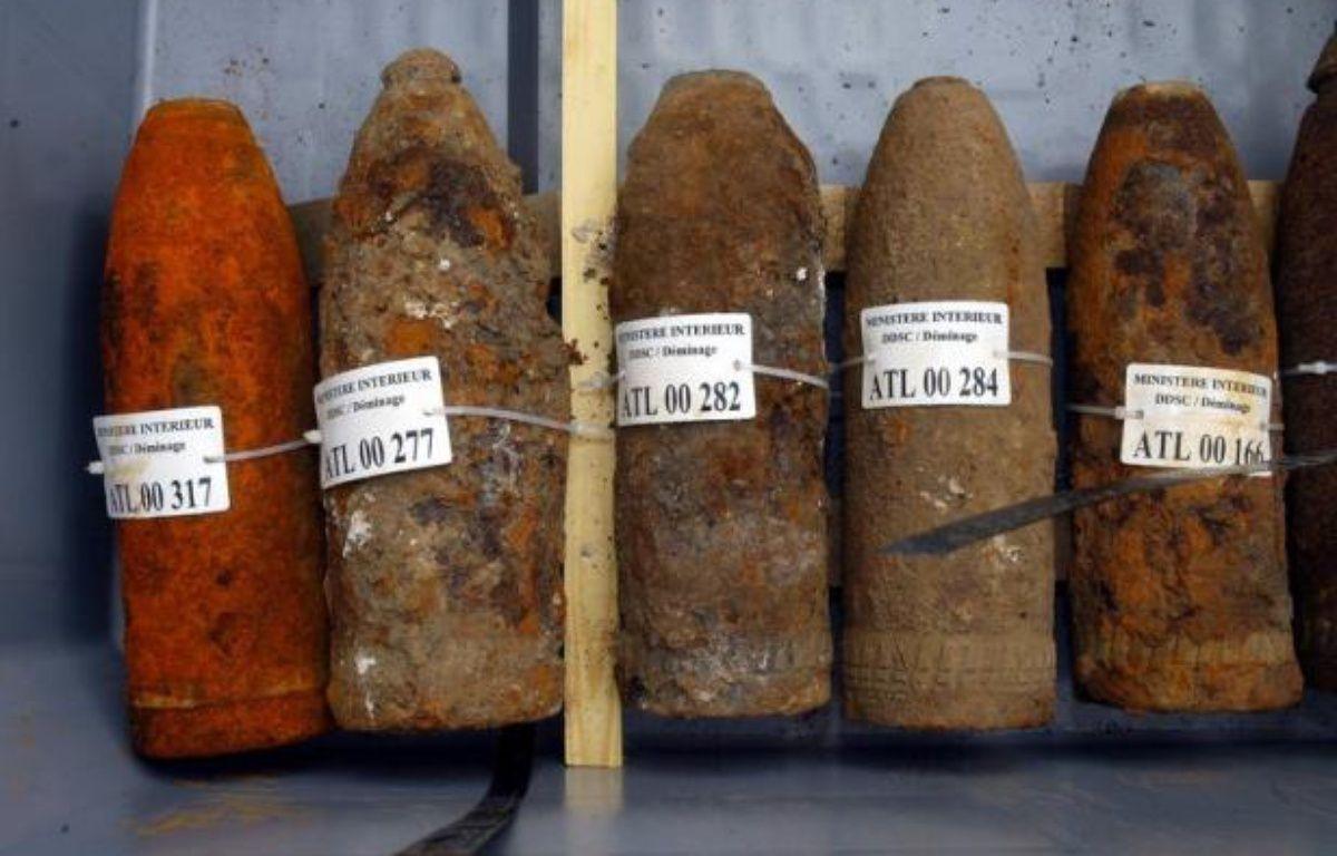 L'association environnementale Robin des Bois a appelé vendredi, à deux jours des commémorations du 11 novembre, à combattre la pollution engendrée par les munitions de la guerre 14-18 toujours enfouies dans les sols du nord-est de la France et de la Belgique. – Philippe Huguen afp.com
