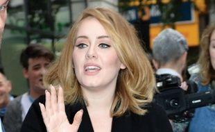 La chanteuse Adele dans les rues de Londres