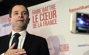 Le candidat à la primaire à gauche Benoit Hamon après les résultats du premier tour, le 22 janvier 2016 à Paris