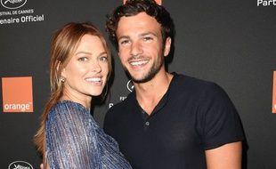 Caroline Receveur et son compagnon Hugo Philip, le 12 mai, à Cannes.
