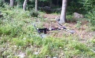 Un adolescent américain a construit un drone amateur muni d'un pistolet.
