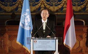 """Le secrétaire général des Nations unies Ban Ki-moon, pour la première fois en visite à Monaco mercredi, a estimé qu'il serait """"bientôt trop tard"""" pour sauver la santé environnementale de la planète si on ne met pas en place un """"instrument contraignant"""" d'ici à 2015."""