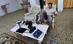 Le journaliste indépendant américain James Foley à l'aéroport de Sirte, en Libye, le 29 septembre 2011