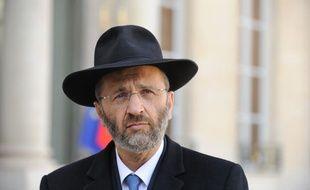 Le grand rabbin de France Gilles Bernheim, devant l'Elysée le 21 mars 2012